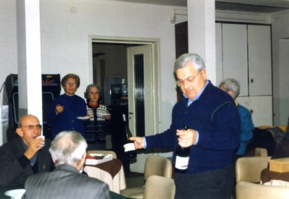 1 sede a disposizione inizio 1996 con annesso locali bar